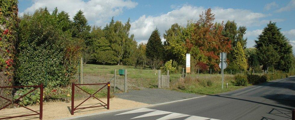 Entrée du site direction Centre Villevêque